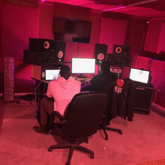 THESEVIBEZ RECORDING STUDIO